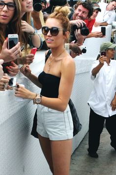 Queen Miley Cyrus ♕