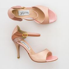 Beige Comme il Faut Tango Shoes