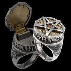 Gothic Pentagram Rings, Pewter Pentagram Rings and Alchemy Gothic Rings