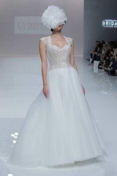 Cymbeline 2019. Wedding Day Checklist, Wedding Advice, Wedding Planning, Paris Mode, Nice Dresses, Formal Dresses, Outfit, Bridal Dresses, Lace Dress