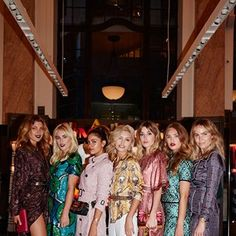 Sydney's 'It Girls' Brought Their Fashion A-Game To The Burberry Store Relaunch #burberry17 #fashion #fashionweek #elleau