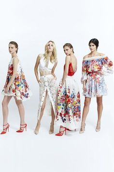 See the complete Zuhair Murad Spring 2015 Ready-to-Wear collection.