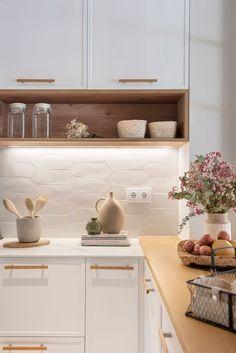 Kitchen Room Design, Modern Kitchen Design, Home Decor Kitchen, Interior Design Kitchen, Kitchen Furniture, Home Kitchens, Small Kitchen Layouts, Kitchen Sets, Home Design Decor