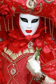 Carnival ~ Venice, Italy #mask www.tablescapesbydesign.com https://www.facebook.com/pages/Tablescapes-By-Design/129811416695