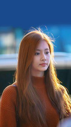 Trending Photos, Myoui Mina, Tzuyu Twice, Latest Pics, Beautiful Asian Girls, Nayeon, Asian Woman, Pretty Woman, Asian Beauty