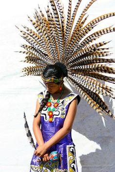 Nice Aztec Headdress , just so beautiful