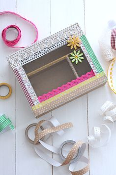 Box adorned with washi tape Tapas, Washi Tape Diy, Washi Tapes, Art For Kids, Pattern Design, Arts And Crafts, Wall Decor, Frame, Home Decor