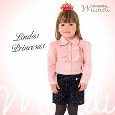 Sua princesa ainda mais linda com #lookbrandili Conjunto de camisete e short com estampa barroca. Moderno e fofinho   #modainfantil #brandili #criancaestilosa