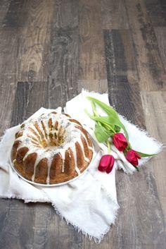 Eierlikörgugelhupf mit selbst gemachten Eierlikör und Mohn von Sweets and Lifestyle