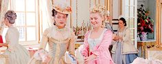 ♡ Queen of France, in Versaille ♡ Marie Antoinette 2006, Best Costume Design, Paris Summer, Sofia Coppola, The New Wave, Kirsten Dunst, Aesthetic Design, Fantasy Dress, Classy And Fabulous