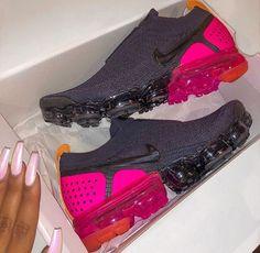 timeless design e1732 234d7 Cute Sneakers, Sneakers Nike, Cute Shoes, Me Too Shoes, Balenciaga, Baskets