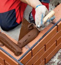 Budowa grilla ogrodowego z klinkieru - krok po kroku Brick grill. Exterior Wall Cladding, Brick Cladding, Brickwork, Painel Wall, Brick Grill, Earthship Home, Building Foundation, Brick Detail, Brick Masonry