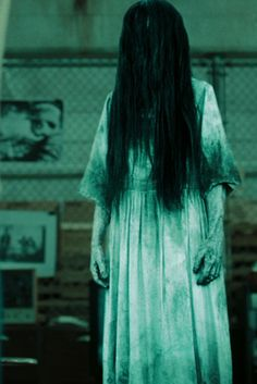 How you can make your own Samara Morgan costume from The Ring. This is a great horror movie costume ideal for fancy dress, even better for halloween