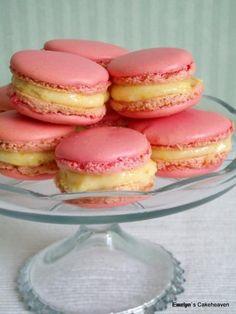 Macarons, Biscuit Cookies, Meringue, Vanilla Cake, Biscuits, Food Porn, Food And Drink, Domestic Goddess, Baking
