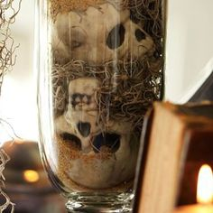 Center piece idea for my dining room table this Halloween! I cannot wait to do my Halloween party!