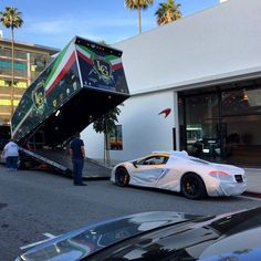 Jay Leno's McLaren P1 arrives . . . #okokno