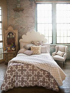 Pretty bedroom, love the exposed brick!!