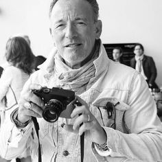 Say cheese!!! Bruce photographer in the amazing photos by Laurent Campus #springsteen #brucespringsteen #pinkcadillacmusic #brucespringsteenitalianfanclub