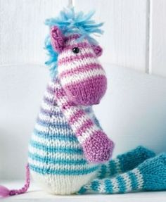 Use self-striping and plain DK yarn to knit our fabulous eye-catching trio! Zac the Zebra is by Lucinda Ganderton and we love his funky hair. Sid the Snake and Dolly the Sausage Dog are great extras from Lynne Rowe and are perfect for beginner knitters. Knitting For Kids, Double Knitting, Loom Knitting, Free Knitting, Knitting Projects, Knitting Toys, Knitting Stiches, Animal Knitting Patterns, Crochet Patterns