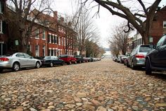 Old Town Alexandria, The old cobblestone road of Prince Street
