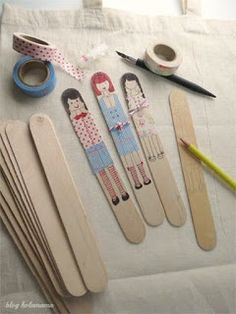 use wider sticks, tongue depressors. marca páginas by Holamama Kids Crafts, Diy And Crafts, Arts And Crafts, Paper Crafts, Operation Christmas Child, Popsicle Stick Crafts, Popsicle Sticks, Craft Stick Crafts, Peg Doll