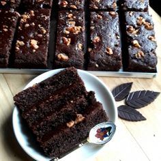 Get Recipe, How to cook, Ingredients for Eggless Wheat Walnuts Brownie Recipe on Plattershare Walnut Brownie Recipe, Eggless Brownie Recipe, Eggless Cookie Recipes, Eggless Chocolate Cake, Eggless Desserts, Eggless Baking, Brownie Recipes, Easy Desserts, Baking Recipes