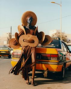 In a Celebratory Series, Photographer Toby Coulson Documents the Eccentric Fashions of Designer Oumou Sy   Colossal Jorge Ben, Contemporary African Art, Colossal Art, National Portrait Gallery, Pictures Of People, Eccentric, Drawing Reference, Erotica, African Fashion