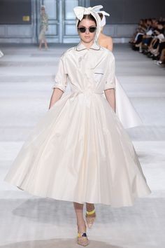 Giambattista Valli Fall 2014 Couture - Review - Fashion Week - Runway, Fashion Shows and Collections - Vogue