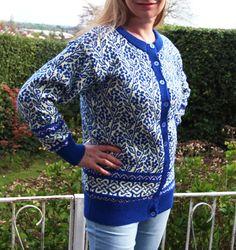 OK, Imma finally make myself a sweater!  The Campanula Cardy Machine Knitting Pattern by henioCreative