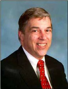 Robert Hanssen  Robert Hanssen is a former FBI agent who spied for Soviet and Russian intelligence services against the United States for 22 years (1979 to 2001).