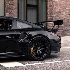 Blacked Out Porsche 911 Source: Porsche 911 Gt3, Porche 911, Black Porsche, Porsche Cars, Mercedes Benz Amg, Latest Cars, Expensive Cars, Hot Cars, Supercar