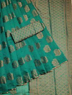 Silk Saree Kanchipuram, Raw Silk Saree, Bridal Silk Saree, Indian Silk Sarees, Silk Cotton Sarees, Organza Saree, Cotton Silk, Saree Wedding, Indian Gowns