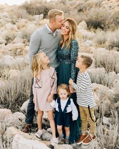 """Gefällt 1,979 Mal, 33 Kommentare - BreAnne Weston Photography (@breanneweston) auf Instagram: """"Texas has some of the cutest families! Like this one Also, I'm coming to Texas in March. Book…"""""""