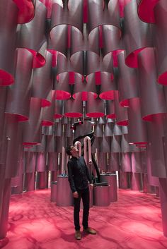 all-encompassing 'void' entraps visitors in an enclosed, depth-distorting vacuum