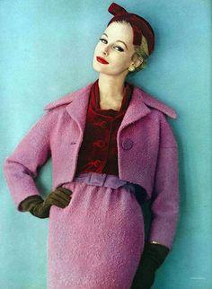 Vogue Nov 1958    Photo by Karen Radkai