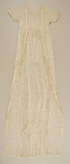 Dress Date: 1795–1805 Culture: British Medium: cotton Dimensions: Length at CB: 67 in. (170.2 cm) Credit Line: Purchase, The German Fur Federation Gift, 1981 Accession Number: 1981.352.5