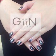 Cat Eye: Black X Silver #nail #nails #nailart #nailpolish #naildesign #manicure #nailstagram #nailsalon #instanails #nails2inspire #ネイル #beautiful #gelnail #gelnails #polish #naildesigns #pretty #girl #black #silver #silvercat #cateye #cat