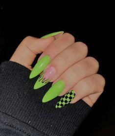 # Home Manicure – Nails – NailiDeasTrends Manicure – Nagel, … Grunge Nails, Edgy Nails, Aycrlic Nails, Stylish Nails, Nail Manicure, Glitter Nails, Summer Acrylic Nails, Best Acrylic Nails, Summer Nails