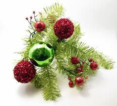 This over-sized and garish garland headband is perfect for any ugly sweater party! It almost looks like a Charlie Brown tree for your head! You will be the toast of the town wearing this crazy little piece!