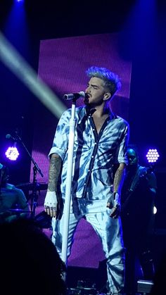 05/05/16 Adam Lambert Zurich, Switzerland TOH Tour