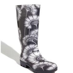 Black and white fliwer rainboots