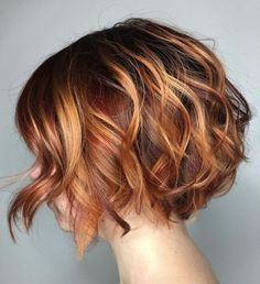 60 Best Short Bob Haircuts and Hairstyles for Women - Two-Tone Wavy Bob Source . - 60 Best Short Bob Haircuts and Hairstyles for Women – Two-Tone Wavy Bob Source by anitasollars – Bob Haircuts For Women, Short Bob Haircuts, Haircut Short, Hairstyle Short, Page Haircut, Haircut Style, Style Hair, Hairstyle Ideas, Highlight Bob