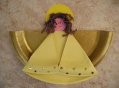 Paper Plate Angel-could print pictures and glue on kids faces for class party