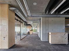 Gallery of Innovation Center 2.0 / SCOPE Architekten - 10