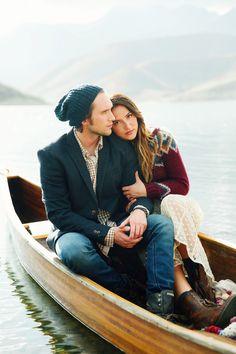 Utah wedding photographer. Stephanie Sunderland Photography. Canoe engagement shoot.