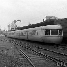 Sunday Streamline #18: Talgo Train - Dieselpunks