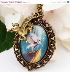 Edle Halskette mit Pegasus Fantasy Halskette Pferd von Schmucktruhe, €14.85