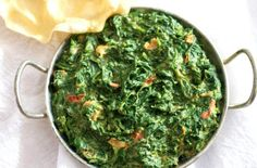Easy Indian Creamed Spinach -A deliciously simple variation of the traditional Indian Saag. Made with fresh tender baby spinach, this dish can be on the table in 20 minutes. Pasta Indian Style Recipe, Pasta Recipes Indian, Spinach Pasta Recipes, Ethnic Recipes, Nepalese Recipes, Indian Cookbook, Fried Fish Recipes, Keto, Recipes