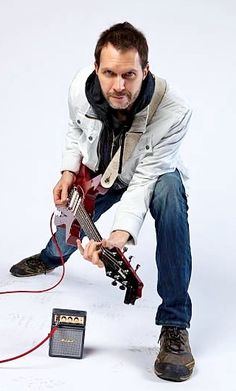 Paul Gilbert* 2012  __  https://www.pinterest.jp/tchovy/paul-gilbert/