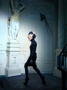 Daphne Guinness   Hong Kong's Tatler March 2012 issue   Photographed by Markus Klinko and Indrani   Hair by Paulo Ferreira   Makeup by Topolino   #fashion #style